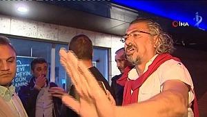 YSK önünde içkili protesto girişimine müdahale