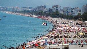 Antalya'da 2 milyona yakın turistle bayram gibi sezon açılışı