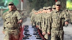 Bakan Akar'dan 130 bin askeri ilgilendiren terhis açıklaması