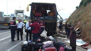 Bandırma'da otobüs kazası : 4 ölü 42 yaralı
