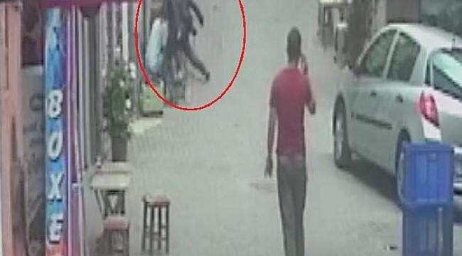 Bıçaklı saldırı kamerada - Bursa Haberleri