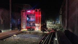 Bursa'da korkutan fabrika yangını - Bursa Haberleri