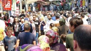 Bursa'da tarihi çarşıda bayram yoğunluğu - Bursa Haberleri