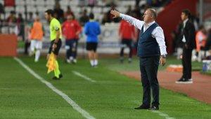 Bursaspor'da teknik direktör kıyımı - Bursa Haberleri