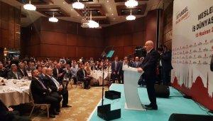 """Devlet Bahçeli: """"İstanbul kukla isimlere teslim edilemeyecek kadar önemli"""""""