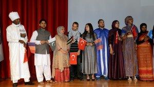 Dünyanın farklı kıtalarından geldiler, Türkçe'yi BUÜ'de öğrendiler - Bursa Haberleri