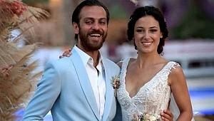 Erkan Kolçak Köstendil'in eşi, cesur pozlarıyla yürek hoplattı