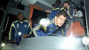 Fenerbahçe otobüsüne saldırıda flaş gelişme! Saldırgan teslim olmak istemiş ancak...