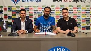 Galatasaray ile anılıyordu, Kasımpaşa'ya transfer oldu