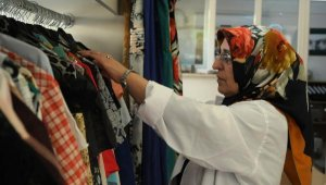 'Giymiyorsanız Giydirin' atölyesiyle destek oluyorlar - Bursa Haberleri