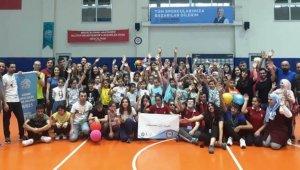 Göçmen çocuklar görme engelli sporcularla buluştu - Bursa Haberleri