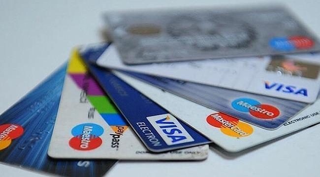 Kredi kartıyla alışveriş yapanlar dikkat... Resmi Gazete'de yayımlandı