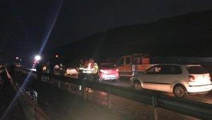 Manisa- İzmir yolu heyelan nedeniyle trafiğe kapandı