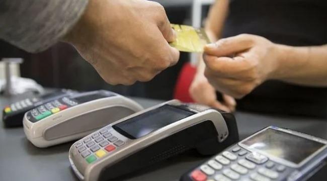 Milyonlarca kişiyi ilgilendiren kredi kartı taksit sayısı yeniden düzenlendi