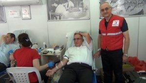 Mustafakemalpaşa Kaymakamı Koçberber'den kan bağışına destek - Bursa Haberleri