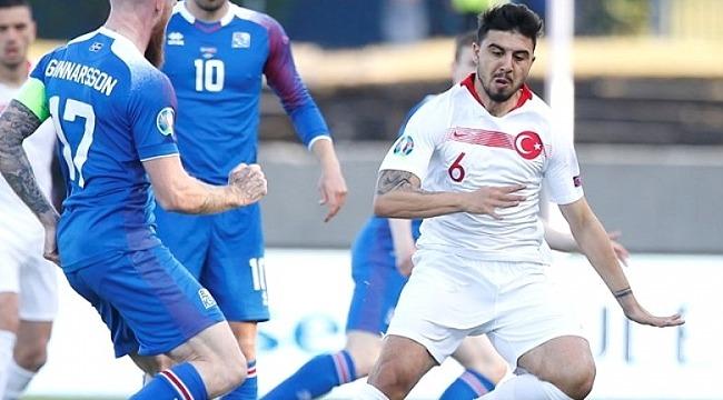 Ozan Tufan, İzlanda maçındaki performansıyla eleştirildi