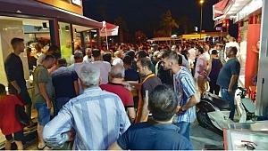 Tatil cenneti Kuşadası'nı karıştıran olay! Yüzlerce turistin gözleri önünde silahlı saldırı