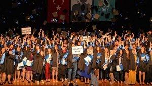 Teknik Bilimler öğrencileri diplomalarını aldı - Bursa Haberleri
