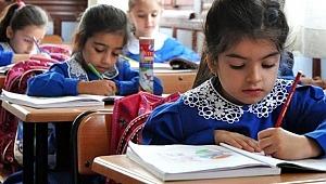Veliler dikkat... Okula başlama yaşı değişti