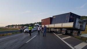 Yağmur Yalova-Bursa yolunda kazaya neden oldu - Bursa Haberleri