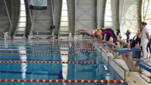 Yüzmede Bursa'yı gururlandıran tablo - Bursa Haberleri