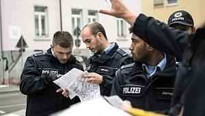 Almanya'da 500 kilo ağırlığında bomba imhası için 16 bin kişi tahliye edildi!