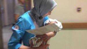Annesinin kucağında yaralanan bebek için herkes seferber oldu - Bursa Haberleri