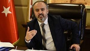 Bursa Büyükşehir Belediye Başkanı Alinur Aktaş'tan '30 Ağustos' ile ilgili sözlerine gelen tepkiler sonrası açıklama