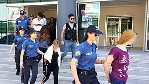 Bursa'da uyuşturucu ticaretine darbe! Emniyetin narkotik operasyonunda 9 gözaltı