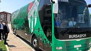Bursaspor, Fenerbahçe maçına hacizden geri aldığı otobüsle gitti - Bursa Haberleri