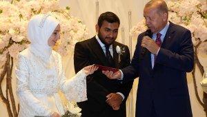 Cumhurbaşkanı Erdoğan, Erbaş'ın kızının nikah şahitliğini yaptı