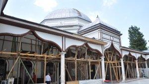 Emir Sultan'da bitmeyen restorasyon çilesi - Bursa Haberleri