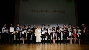 Genç mühendislerin diploma sevinci - Bursa Haberleri