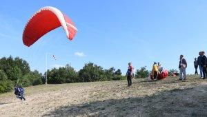 İnegöl'de kamplı yamaç paraşütü etkinliği başladı - Bursa Haberleri