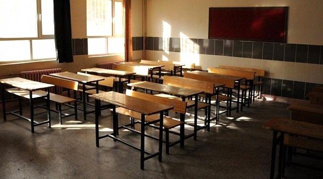 İstanbul'da özel okul skandal... Öğretmenden sakızlı işkence