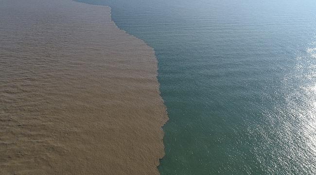 Karadeniz renk değiştirdi