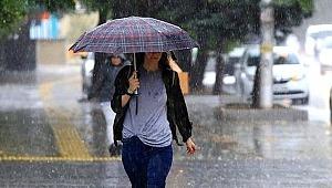 Meteoroloji'den Türkiye için kritik uyarı: Sıcaklıklar giderek düşüyor, sağanak yağış geliyor