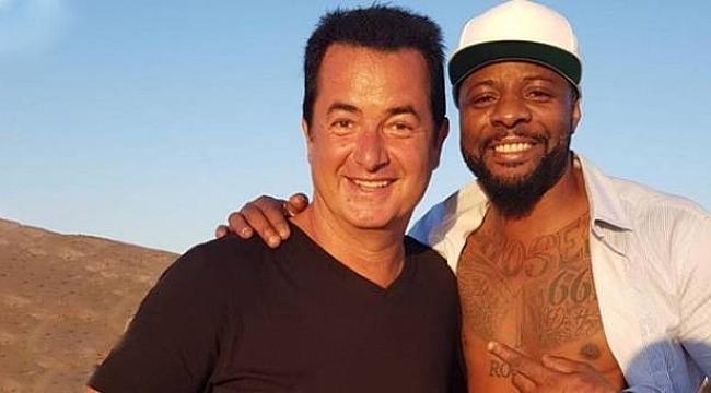 Pascal Nouma'dan Survivor göndermesi
