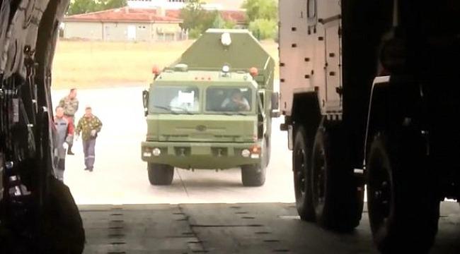 S-400'lerin Rusya'dan Türkiye'ye gelişi kameralara böyle yansıdı