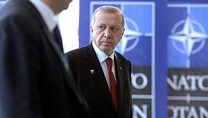 Türkiye'nin NATO üyeliğiyle ilgili İngiliz yazardan küstah sözler