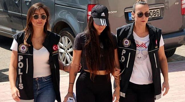 Yerli Kim Kardashian olarak tanınan sosyal medya fenomeni Pelinsu Meşe, gözaltına alındı!