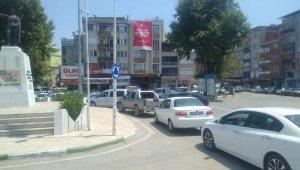 Yoldaki çalışma Mustafakemalpaşa'daki trafiği kilitledi - Bursa Haberleri