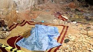 Yürek parçalayan görüntü! Sokaktaki yatağında ölü bulundu, cebinden 2,5 lira çıktı