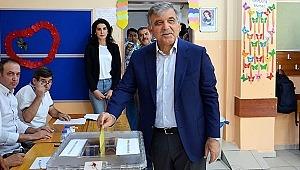 Abdullah Gül, 2023'te Cumhurbaşkanı adayı olmaya hazırlanıyor