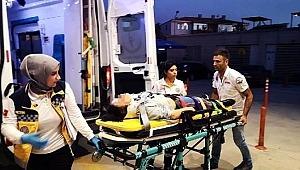 Bursa'da motosiklet ile kaza yapan genç kız burnu kanamadan kurtuldu, öfkeli babası hastanelik etti!