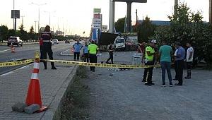 Feci trafik kazası! Kaldırımda yürüyen anne ve kızı feci şekilde can verdi