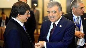 Gül ve Davutoğlu'ndan 3 HDP'li belediyeye kayyum atanmasına tepki