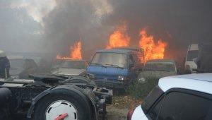 20'den fazla aracın küle döndüğü yangın böyle başladı - Bursa Haberleri
