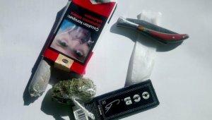 Alkollü şüphesiyle durdurulan sürücünün aracından uyuşturucu çıktı - Bursa Haberleri