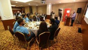 Başkan Turgay Erdem gençlerle deneyimlerini paylaştı - Bursa Haberleri